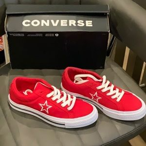 NWT NEW IN BOX CONVERSE SHOES ASSORTED SIZES